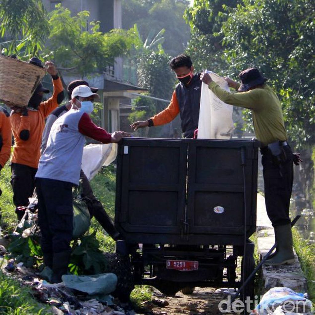 1.405 Petugas Kebersihan Disiagakan di Bandung saat Arus Mudik