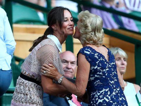 Anggun dan Seksi, Pippa Middleton Bergaun Menerawang di Wimbledon