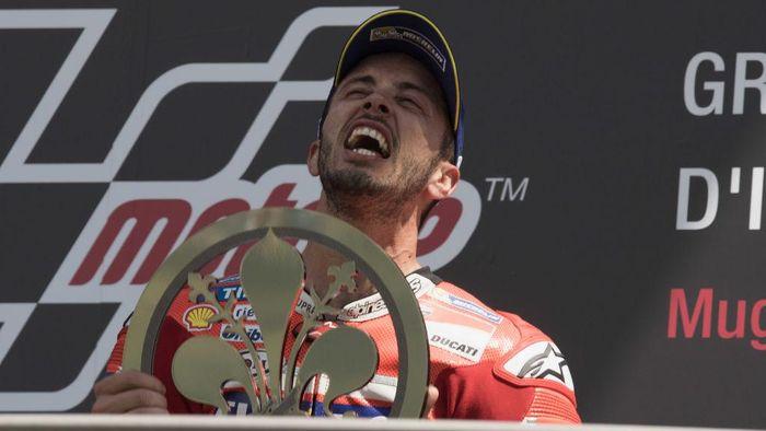 Balapan di Mugello, Italia, jadi kemenangan perdana Andrea Dovizioso musim ini. Di lima balapan sebelumnya, Dovizioso gagal menang dan sempat tak finis di seri Argentina (Mirco Lazzari gp/Getty Images)