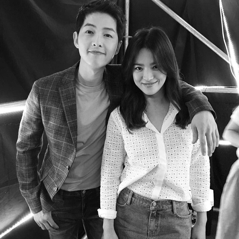 kemesraan Song Hye Kyo dan Song Joong Ki di Instagram