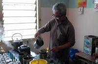 Kedai Kopi Ini Sudah Sajikan Kopi Susu Sejak Puluhan Tahun di Bangka Belitung