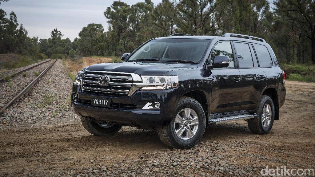 Tentang Land Cruiser, SUV yang Ditumpangi Jokowi Tinjau Karhutla