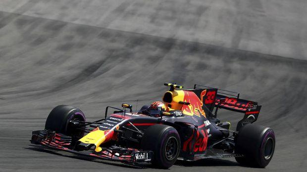 Max Verstappen berada di posisi kedua pada FP I GP Singapura.