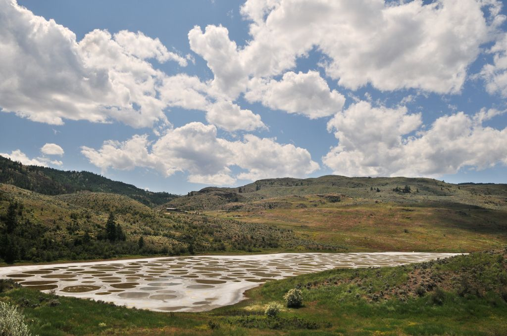 Klikuk, the Spotted Lake, containing one of the world's highest concentrations of minerals