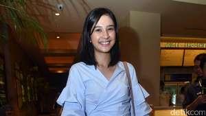 Ada Mikha Tambayong, Kok Chicco Jerikho Pose Sama Cewek Lain?