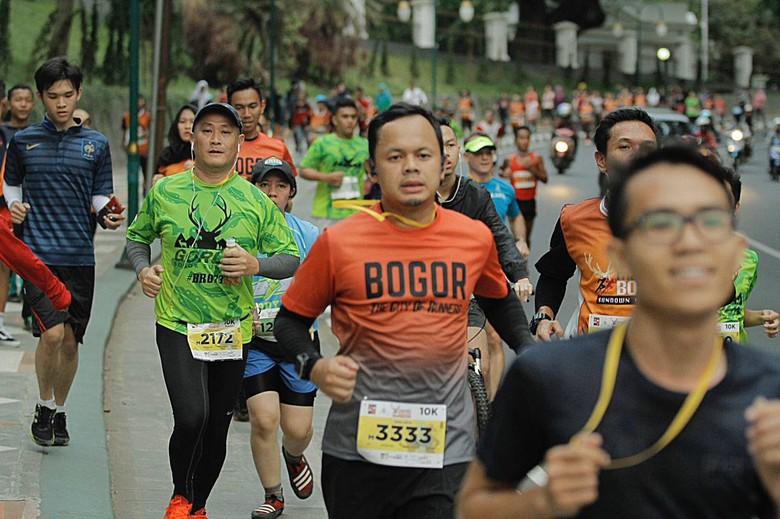 Antusias Warga Bogor di Sundown Marathon