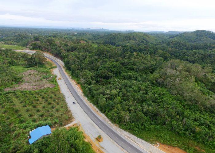 Jalan Lintas Kalimantan Barat