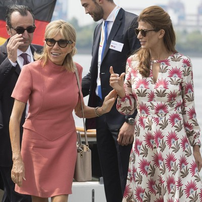 Brigitte Macron dan Juliana Awada (Foto: Jorg Sarbach - Pool/Getty Images)