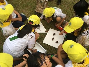 Anak-anak juga bisa belajar mengenal flora dan fauna yang ada di sekitarnya. (Foto: Dian/HaiBunda)