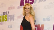 Ups! Britney Spears Lupa Tempat Konsernya Sendiri