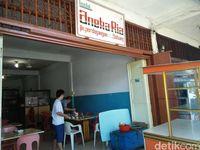 Di pasar ini kamu bisa wisata kulineran (Bonauli/detikTravel)