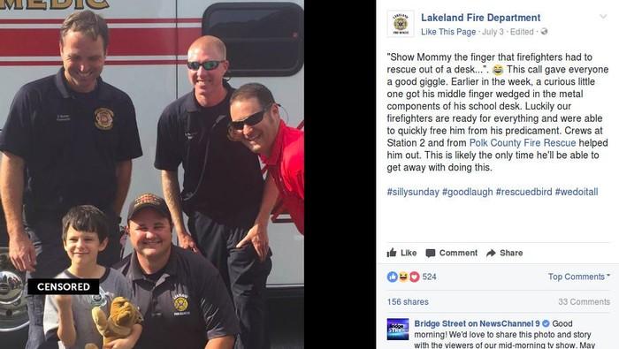 Gio berfoto bersama tim pemadam kebakaran yang menolongnya. (Foto: Facebook/Lakeland Fire Department)