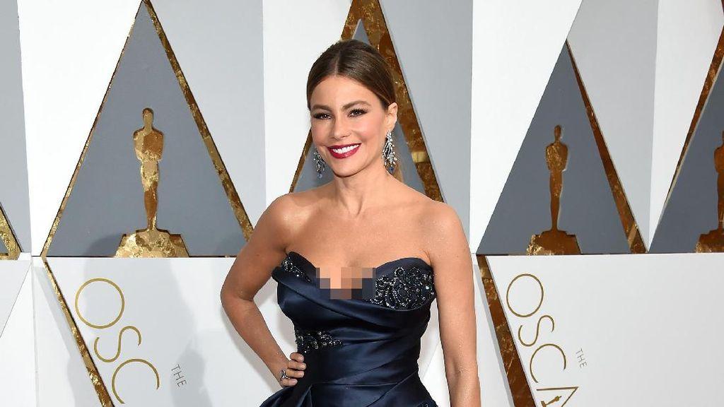 Selain Kylie Jenner, 5 Seleb Ini Juga Jadi Ibu di Usia 20 Tahun