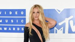 Dikekang Ayah, Britney Spears Selama Ini Cuma Pura-pura Bahagia