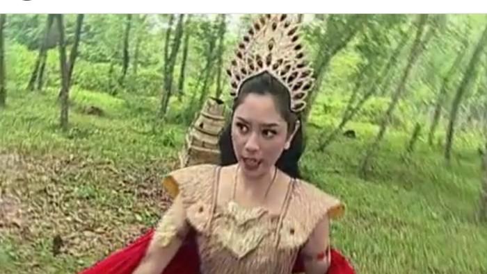 Salah satu adegan dalam iklan Indoeskrim