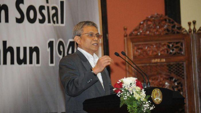ProDidik J. Rachbini ketika menyampaikan makalah utama Lembaga Pengkajian MPR /Foto: Dok MPR