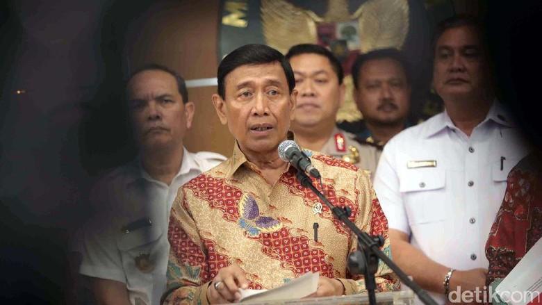 Wiranto Sesalkan Revisi UU Antiterorisme Berjalan Lambat