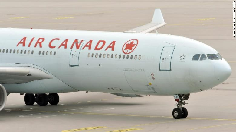 Ilustrasi pesawat Air Canada (Joerg Koch/AFP/Getty Images)