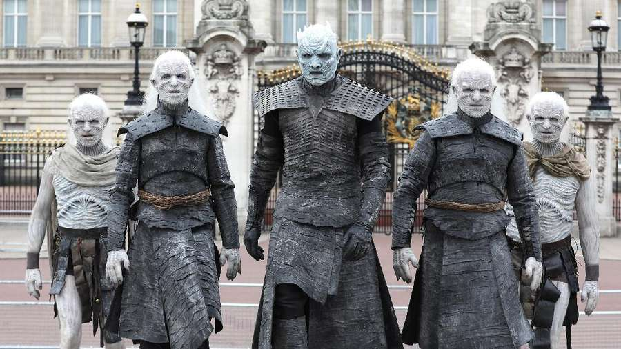 Winter Is Coming! Serbuan White Walkers di London