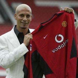 Rio Ferdinand Pernah Tolak Kans ke Barcelona, Kenapa?