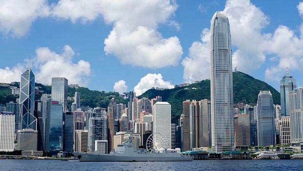 Belanja Sampai Naik Kereta ke Gunung, Ini 5 Tempat Wisata Seru di Hong Kong