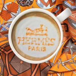Coba Lihat Logo Gucci, Hermes dan Adidas Ditampilkan di <i>Latte Art</i> Ini!