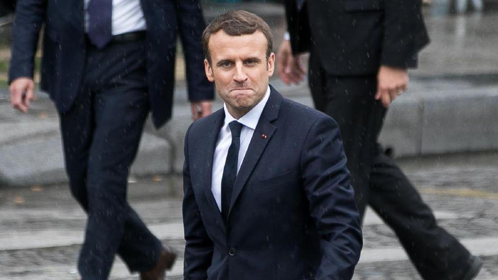 Video: Presiden Prancis Dikecam Usai Ajudannya Pukul Demonstran
