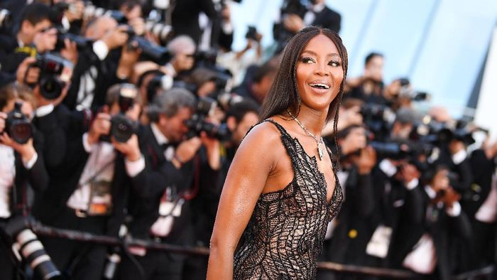Naomi Campbell meramaikan festival F1 Live di London. Foto: Pascal Le Segretain/Getty Images