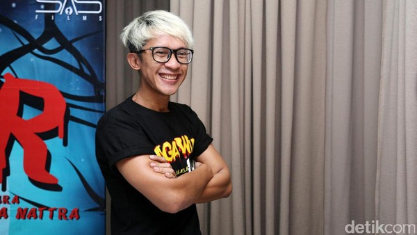 Aming is Back! Gaya Aming Parodikan Dilan 1990 hingga Bu Dendy