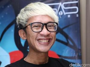 Aming Sempatkan Datang ke Pernikahan Derby Romero di Bali