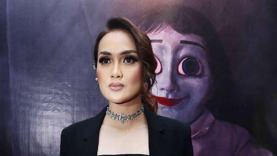 Tatapan Tajam Sara Wijayanto