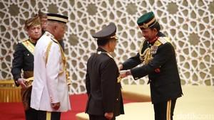 Kapolri Tito Terima Gelar Dato Paduka Seri dari Sultan Brunei