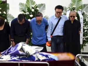 Liu Xiaobo Dikremasi dalam Upacara Tertutup
