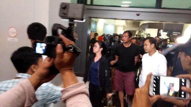 Dikawal Ketat, 5 Penyelundup Sabu 1 Ton Tiba di Cengkareng