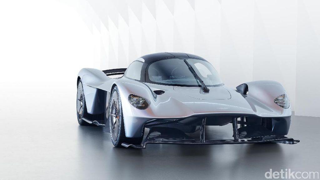 Si Cantik nan Ganas Aston Martin Valkyrie Mengaspal Sebentar Lagi