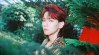 Baekhyun merubah tampilannya dengan mewarnai rambutnya tersebut dengan warna merah. (Dok. Twitter/@EXO)
