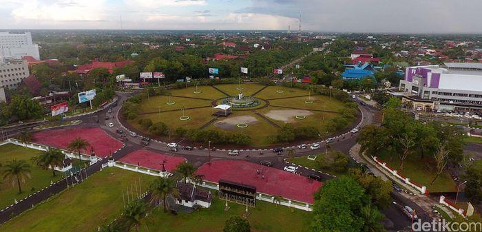 Kota Palangka Raya memiliki luas hampir 4 kali lipat dengan Jakarta. Jakarta memiliki luas 660 Km2, sedangkan Palangka Raya seluas 2.400 km2. (Dok. 20detik).