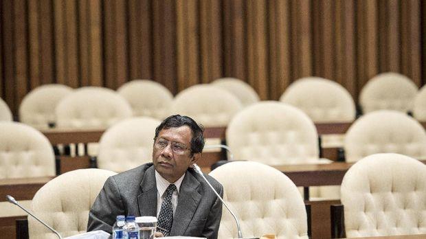 Gerindra: Kasus Mahfud MD Fakta Jokowi Ditekan Partai Koalisi
