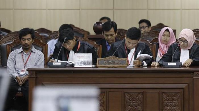 Tajudin mencari keadilan ke MK (dok.mk)