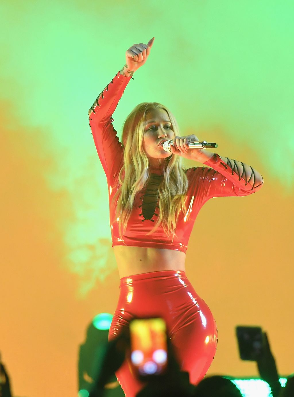 CORAL GABLES, FL - JULY 06:  Iggy Azalea performs on stage during Univision's
