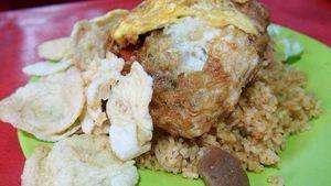 Nasi Goreng Warung Tenda yang Sedap dan Tak Menguras Kantong