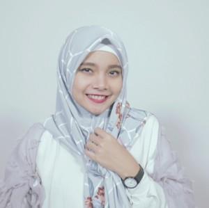 Tutorial Hijab Printed Scarf dengan 2 Gaya Berbeda Hanya 1 Menit