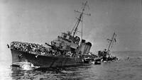 Kapal penghancur milik Perancis, Bourrasque tenggelam setelah terkena ranjau laut saat membawa 1200 orang. Hulton Archive/Getty Images/detikFoto.