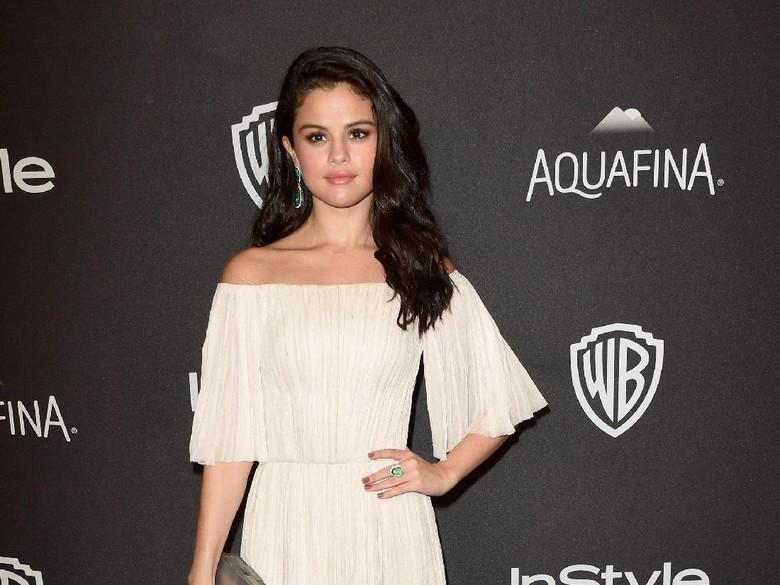 Idap Penyakit Lupus, Selena Gomez Terima Donor Ginjal