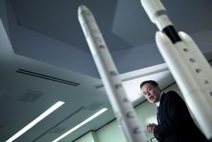 Donald Trump Hingga Ringo Starr Selamati Elon Musk