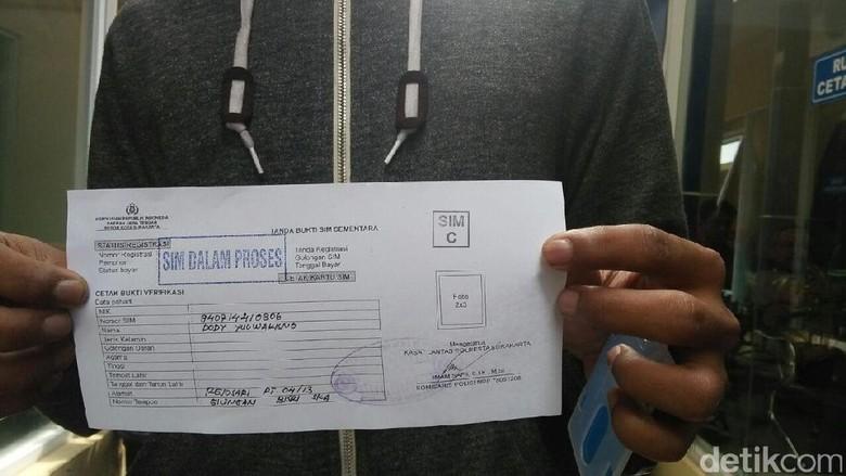 Blangko Habis, Polresta Surakarta Terbitkan Hampir 500 SIM Sementara