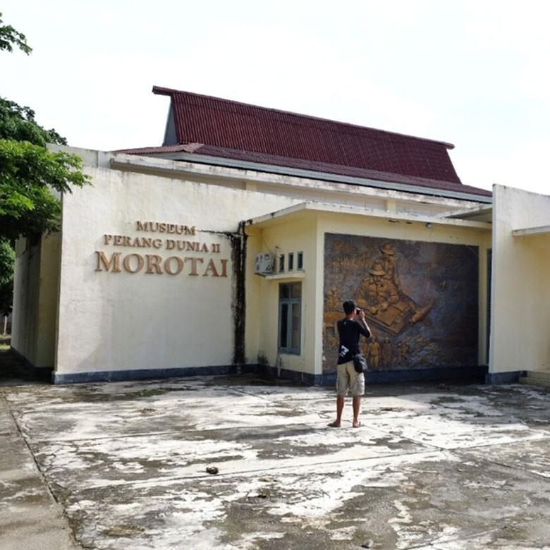 Berburu Harta Karun Peninggalan Perang Dunia II di Morotai