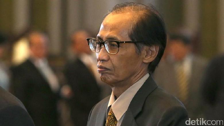 Hakim Agung Artidjo Alkostar Pensiun