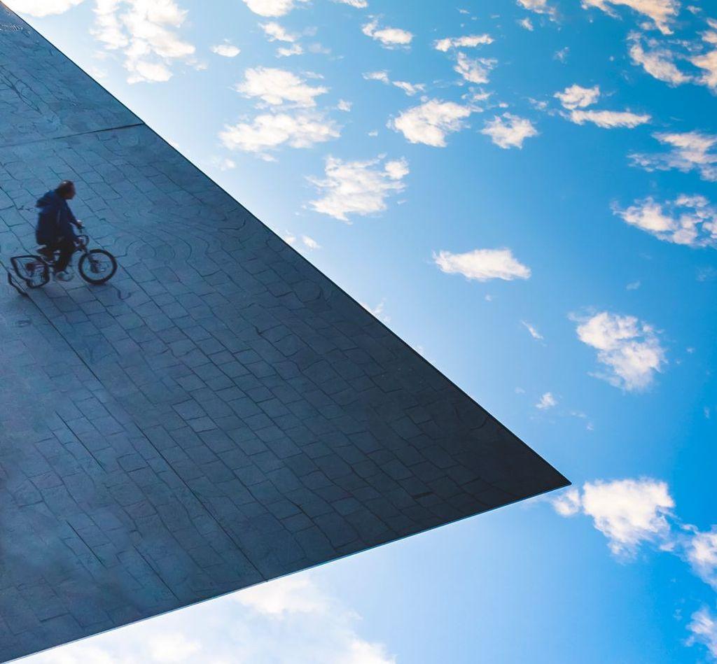 Karya Etienne Roux dari Prancis. Foto: Street Photography Awards 2017