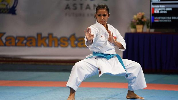 Sisilia Agustiani Ora meraih perah dari Kejuaraan Asia 2017.